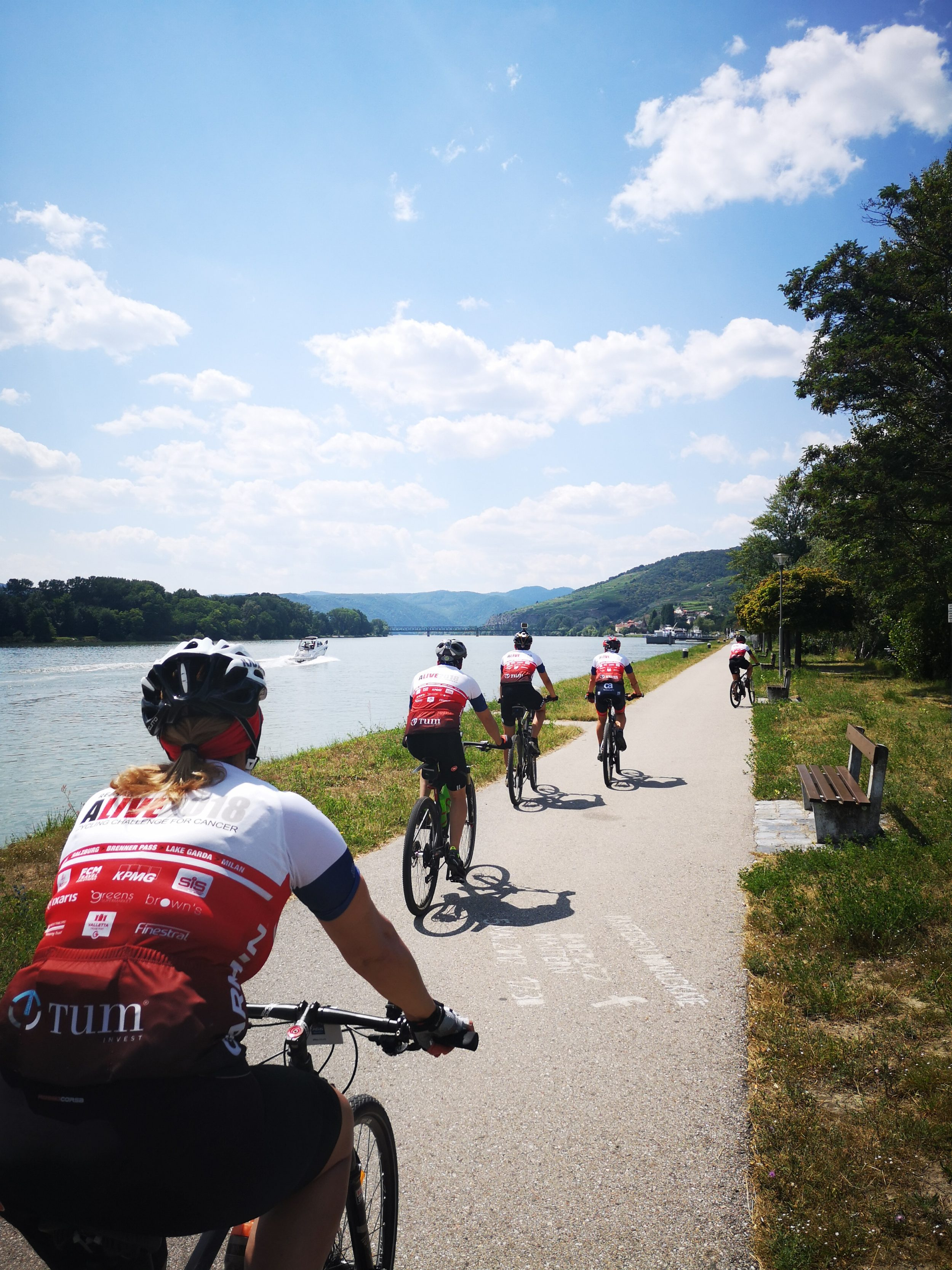 Danube cycling holidays on the Vienna to Budapest Danube cycle path